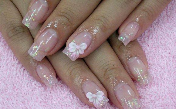 Дизайн ногтей нежный